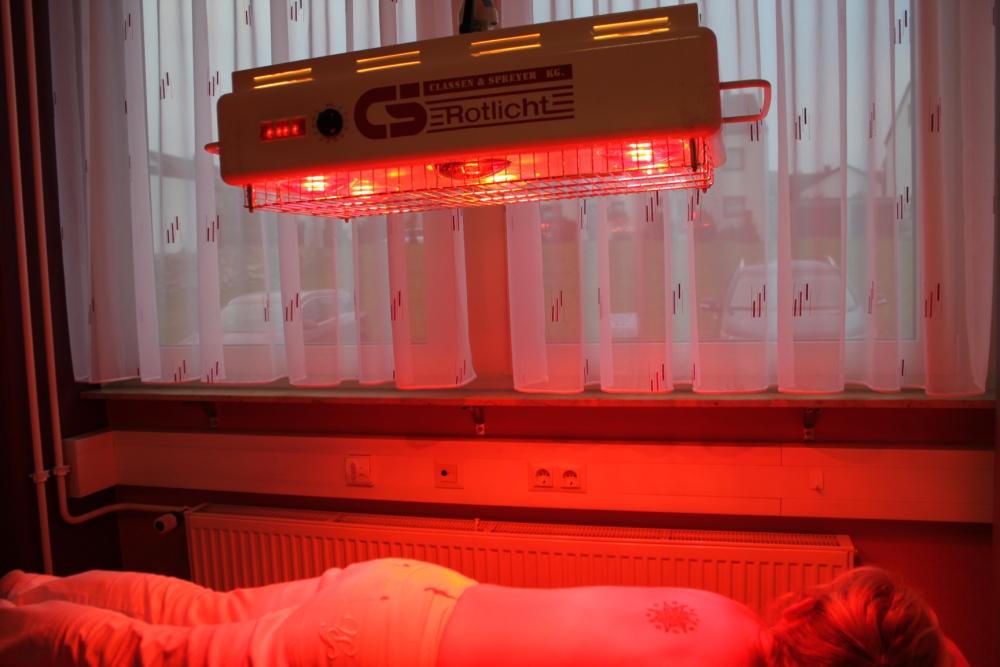 warmebehandlung mit rotlicht